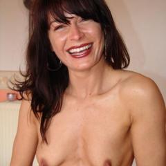 Nadine- 34